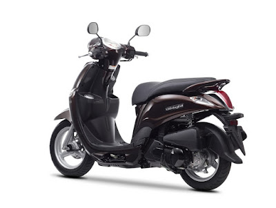 Yamaha D'elight Scooter left side rear look