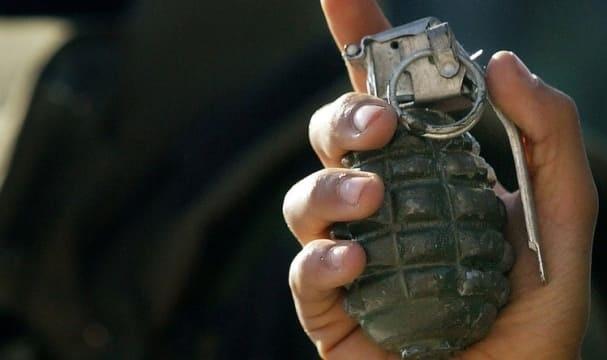 شجار بالسويداء تطور لرمي قنبلة يدوية, يتسبب بإصابة 4 اشخاص!