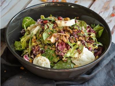 Συνταγή της Ημέρας: Χριστουγεννιάτικη σαλάτα