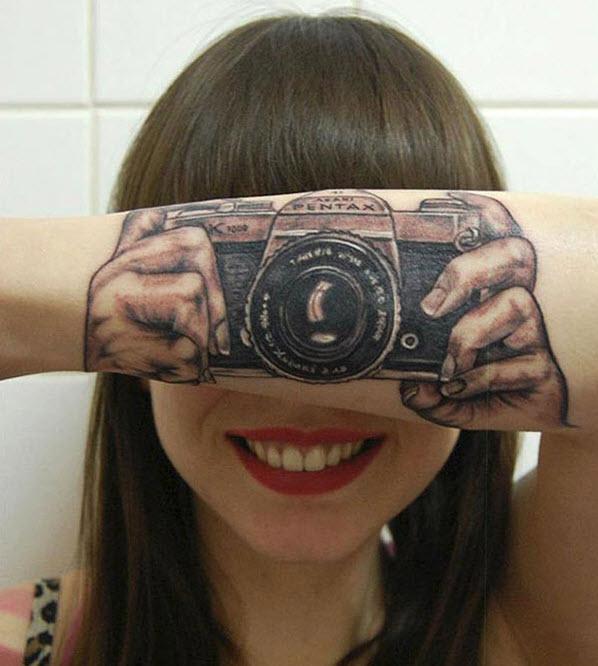 kolda dövme resimleri