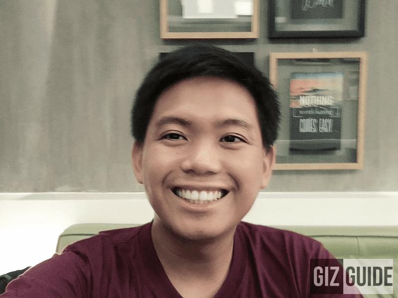 Indoor dim light selfie