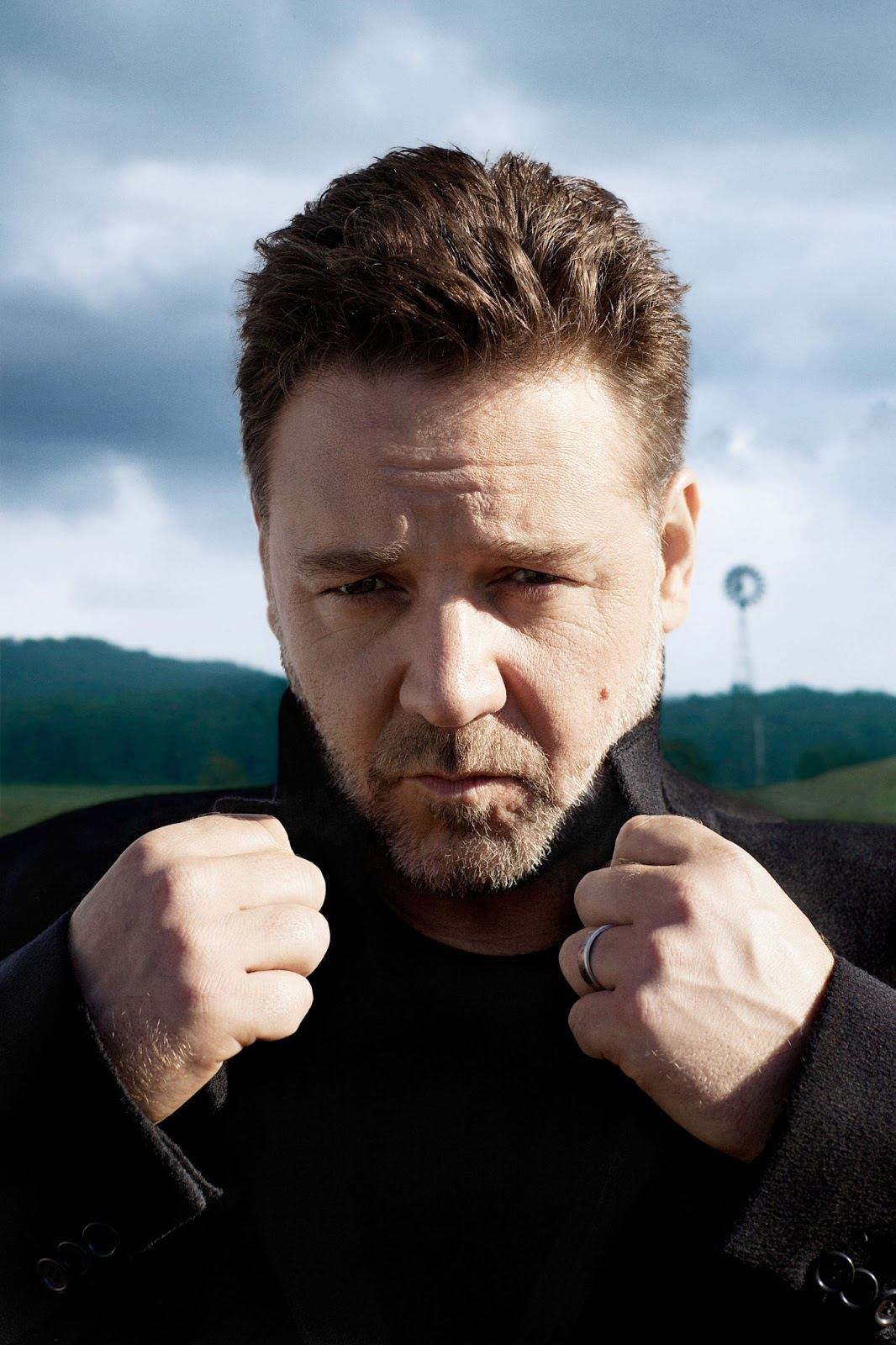 Smartologie Russell Crowe Photographed by Greg Williams