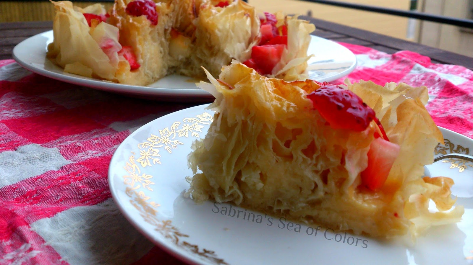 Tarta_griega_con_fresas