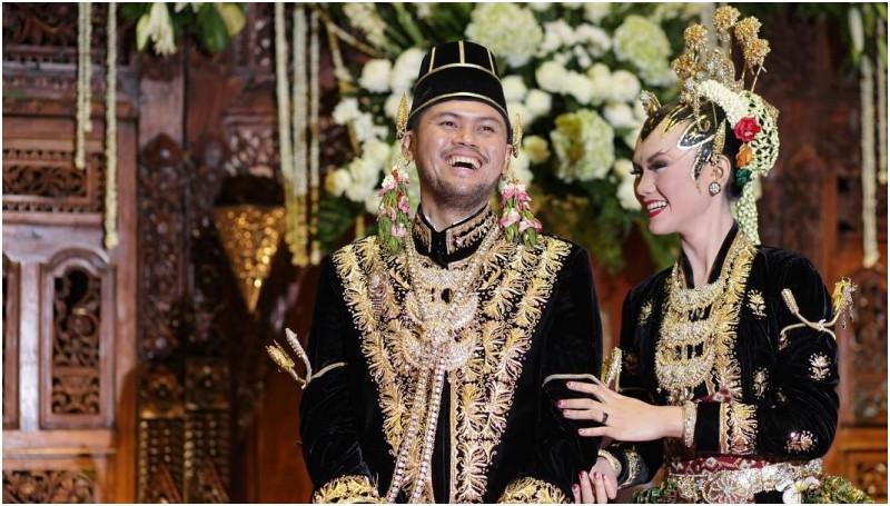 Jaksa Shandy dan istri, Riri Ananingdyah Wibisono