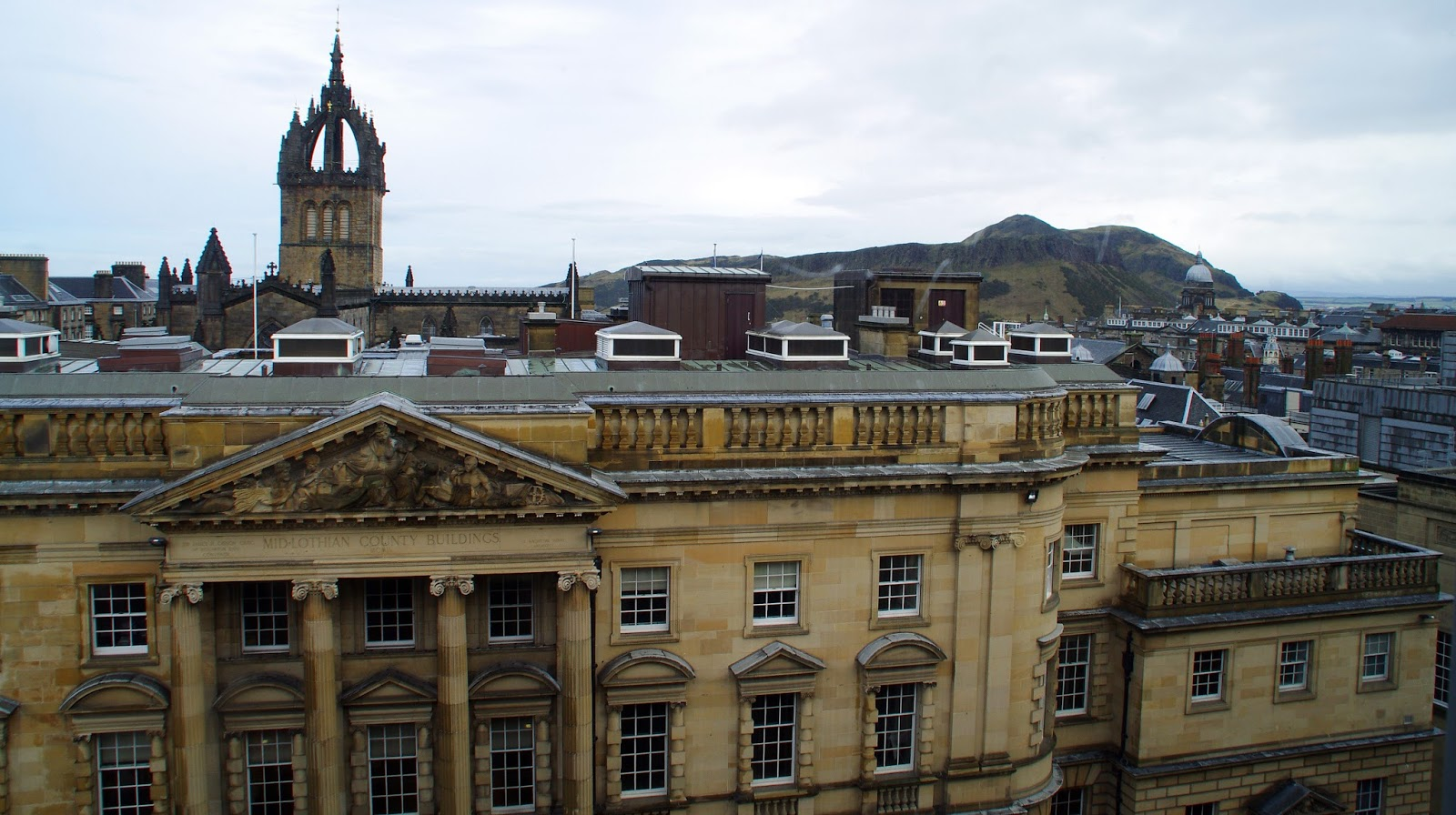 G&V Royal Mile Hotel Edinburgh Room View