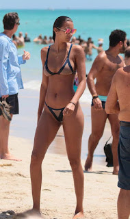 Lais Ribeiro latest hot bikini pics on the beach in Miami (27th May 2017)