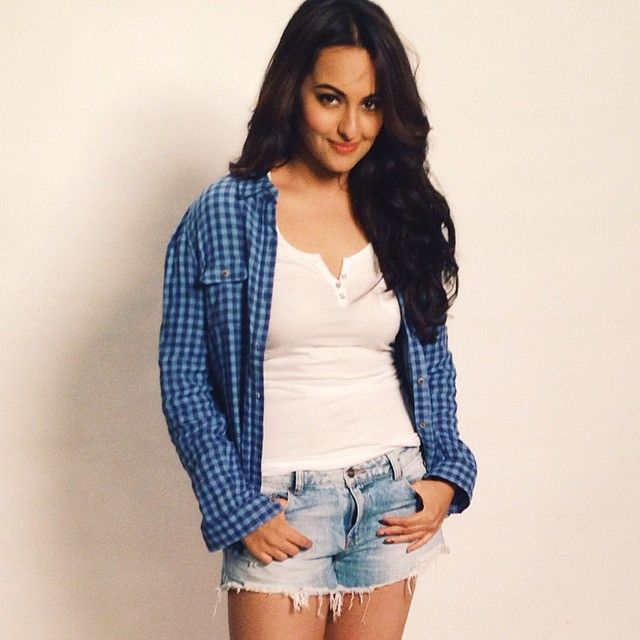 Sonakshi Sinha Hot in Denim Shorts