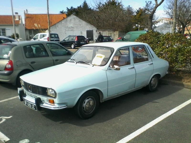 balades en vendee  voitures anciennes  19    la renault 12 tl