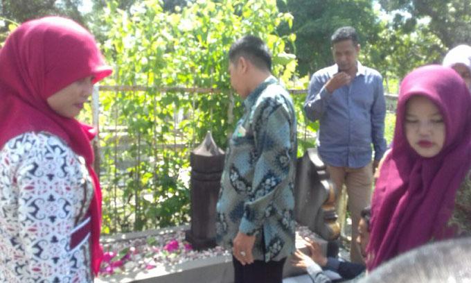Mengenang Spirit Perjuangan, Civitas STKIP Muhammadiyah Bone Ziarah Ke Makam Para Pendiri