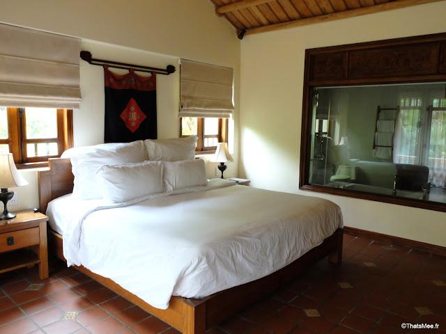 hotel emeralda reserve van long van gien vietnam chambre