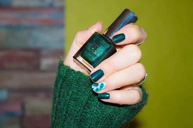 Trio de verts pour un Nail Art facile à réaliser 💕