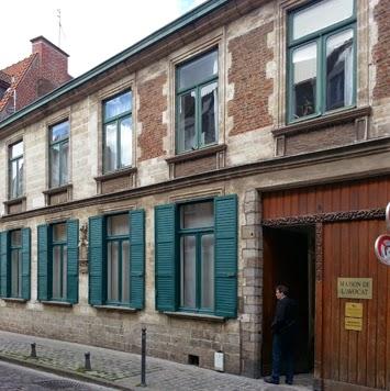 http://xx-gallery.blogspot.be/2014/11/maison-de-lavocat-avocats-dans-un-monde.html