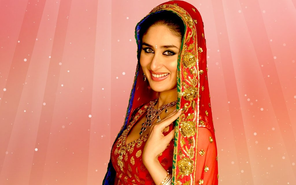 Bollywod Actress Kareena Kapoor Hot Hd Wallpaper She Is -8308