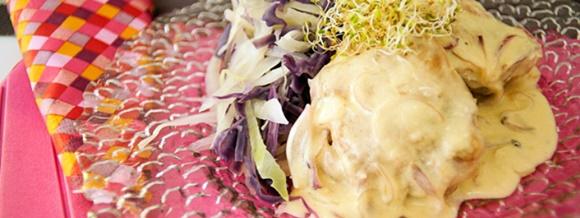 Muslitos De Pollo En Mayonesa De Cebolla Caramelizada