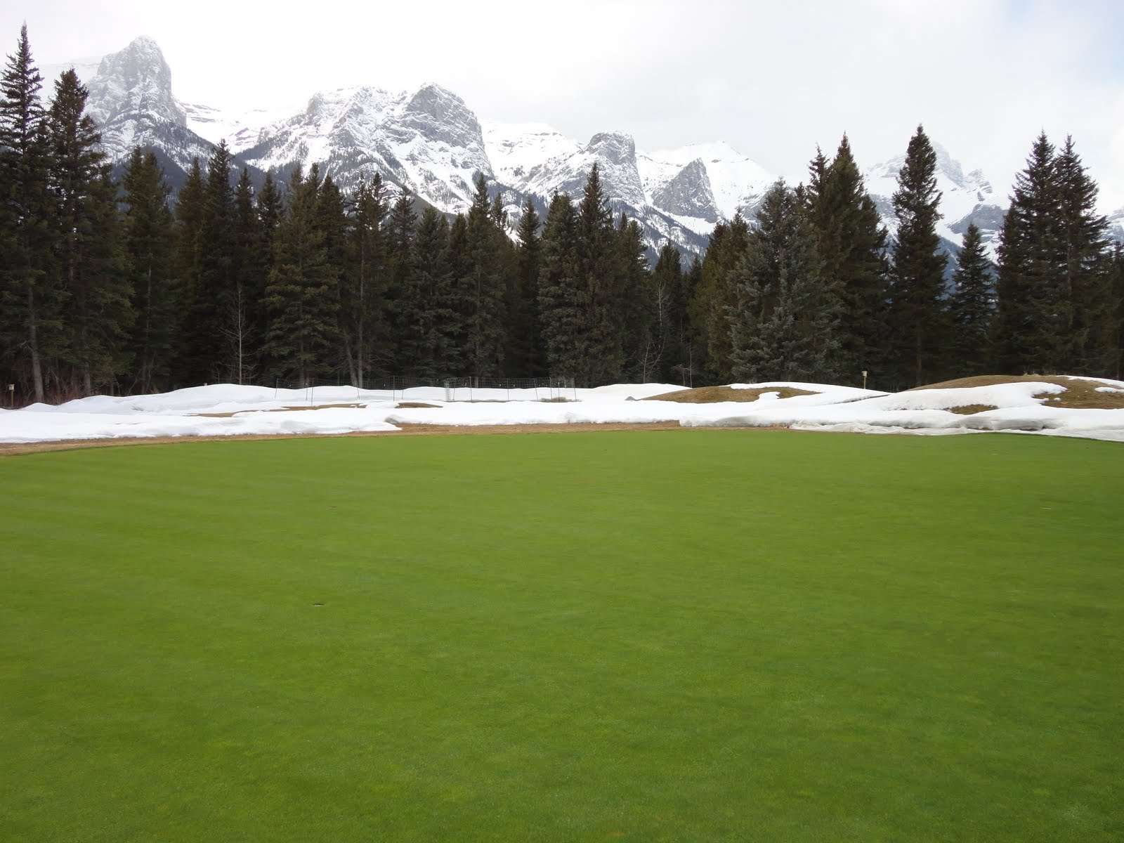 canadian rockies golf courses