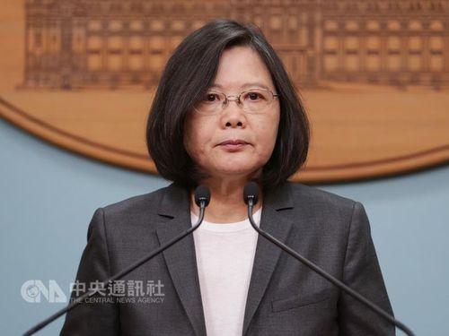 Presiden Tsai Ing-wen Menanggapai Demo Buruh di Taipei Pada May Day Lalu