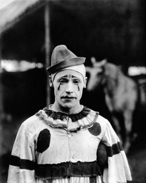 Реальные страшные клоуны в фотографиях и на ретро фотоhttp://prazdnichnymir.ru/