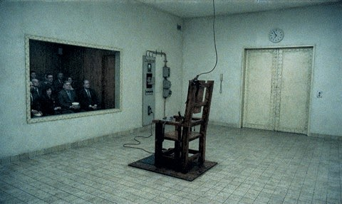 He killed 140 men in the electric chair then he took his for Chaise electrique