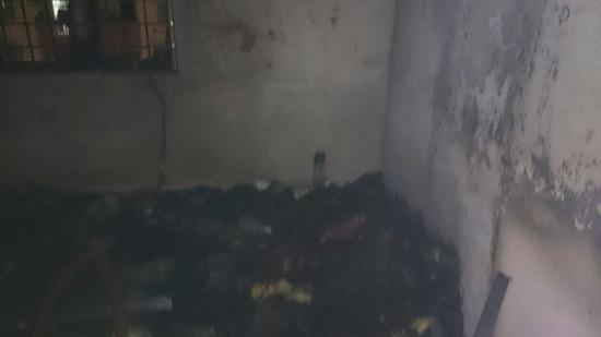 Rumah Rakan Blogger Bachtiar Hidayah Hangus Terbakar!