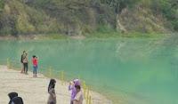 Wisata Danau Cibiru di Cisoka, Tangerang yang Berubah Warna