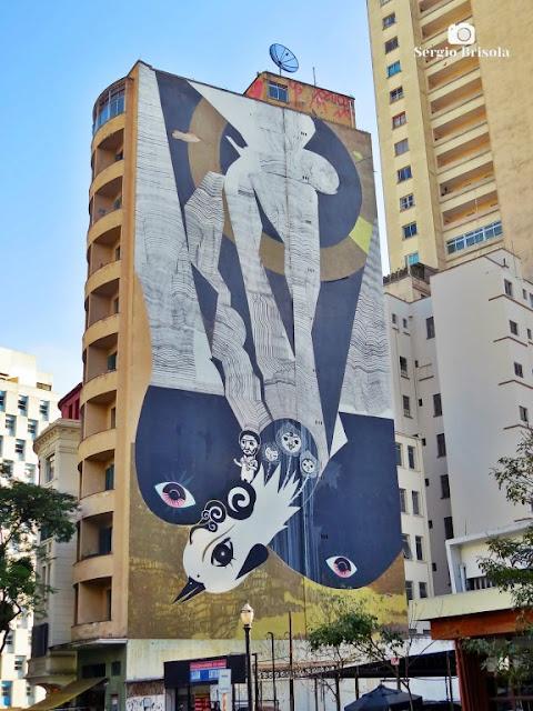 Vista ampla do Mural Fênix - República - São Paulo