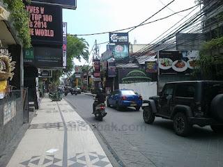 Jalan Legian, Kuta, Bali