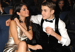 Selenas new start with Justin Biebar