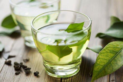 Les 3 meilleures infusions naturelles pour la gastrite