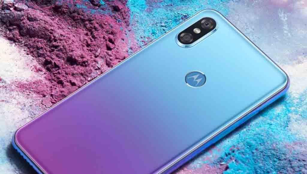 Motorola P30: Desain iPhone X dan Skema Warna Huawei P20