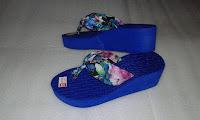 Sandal Wedges Bunga Cantik Untuk Wanita