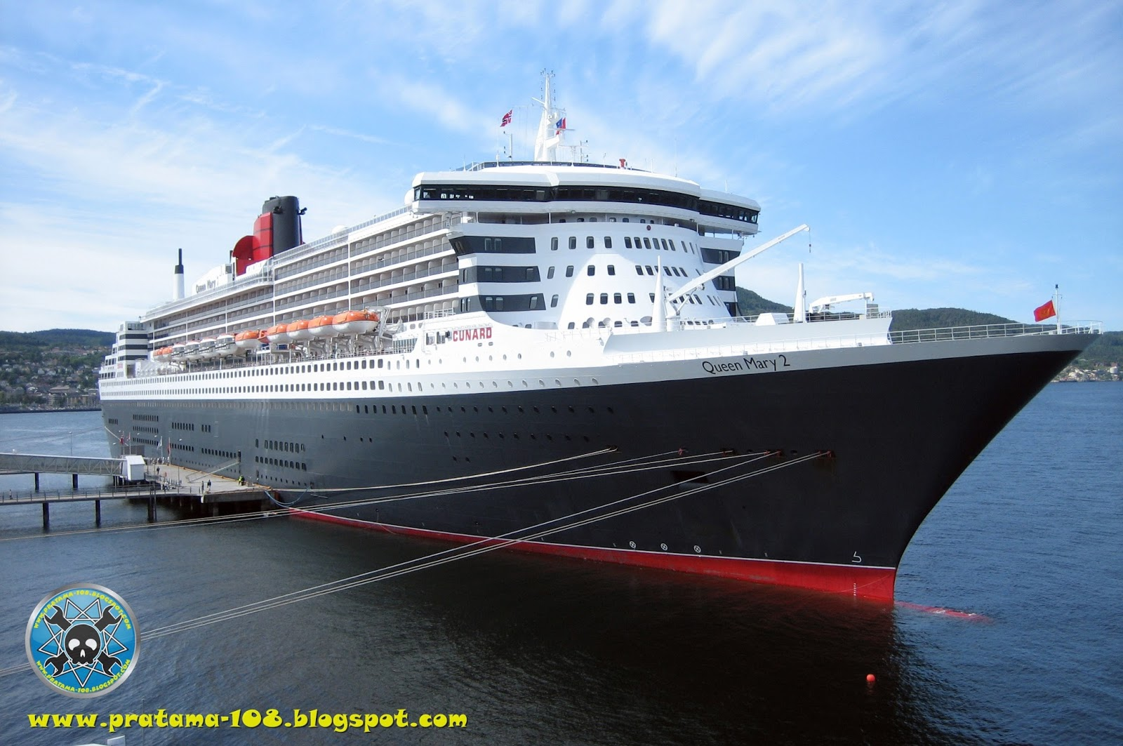 RMS Queen Mary 2 Sinki...