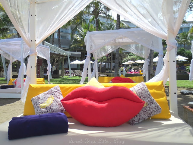 Lip Kiss Pillow Poolside