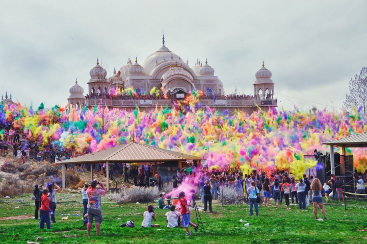 HAPPY HOLI WISHES PHOTO