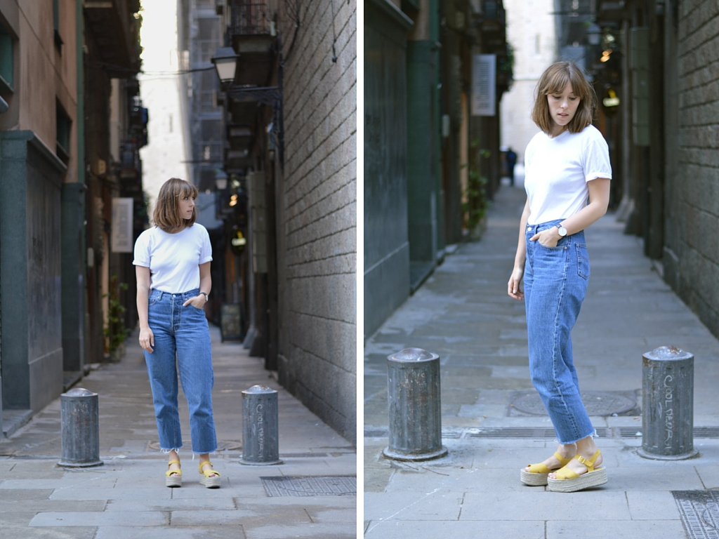 White t shirt blue jeans - Basics Styling How To Wear Style Blue Jeans And A White T Shirt Rules