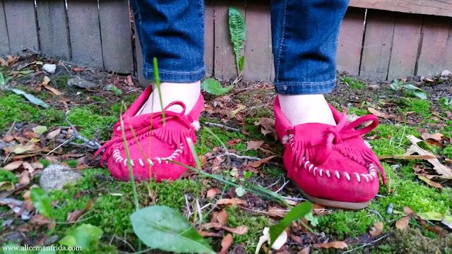 red, shoes, moccasins, Minnetonka, flats