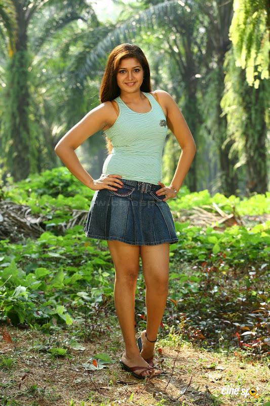 ug hot: Meghna Raj Ponnu Kondoru Aalroopam Malayalam Movie
