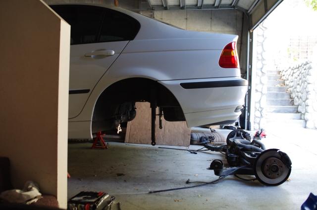 KHANG FIXES IT: BMW e46 sub frame bushings