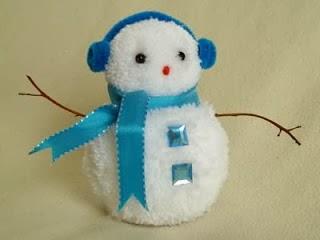 muñecos-nieve-pompones-lana