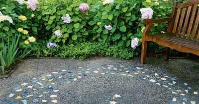 Casual Casa Broken Tiles Outdoors