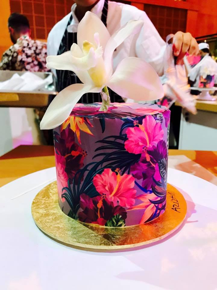 halal wedding cake singapore izah s kitchen new age themed cake halal tropical print 15036