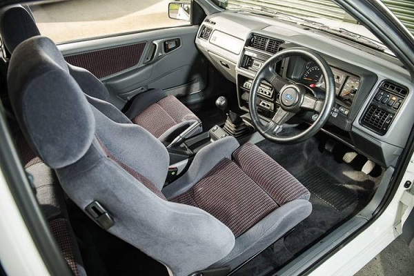 Interior Ford Sierra RS500 Cosworth