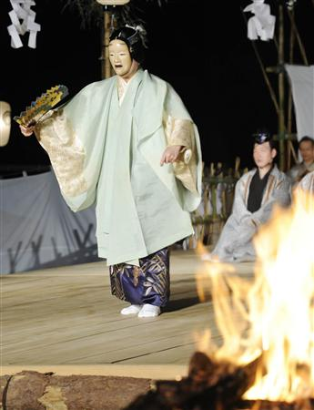 Takigi Noh (Open-air Noh performances), Kofukuji and Kasuga Taisha Shrine, Nara