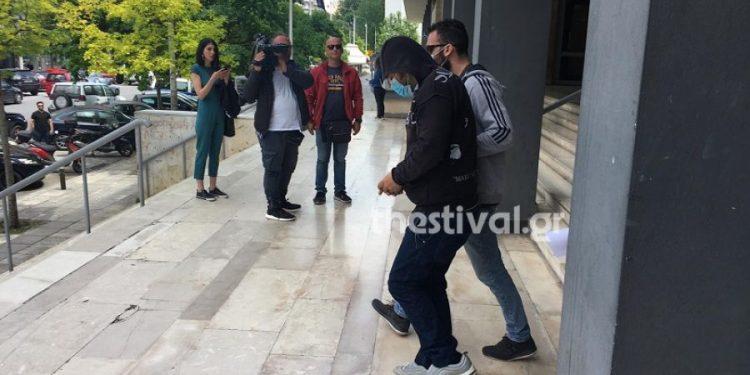 Θεσσαλονίκη: Τεμάχισα και έκαψα την 40χρονη αλλά δεν την σκότωσα, λέει ο 38χρονος (video)