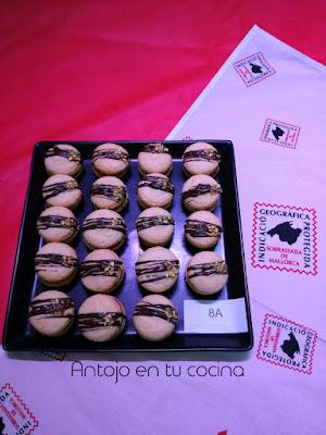 Macarons De Sobrasada Y Gelatina De Miel