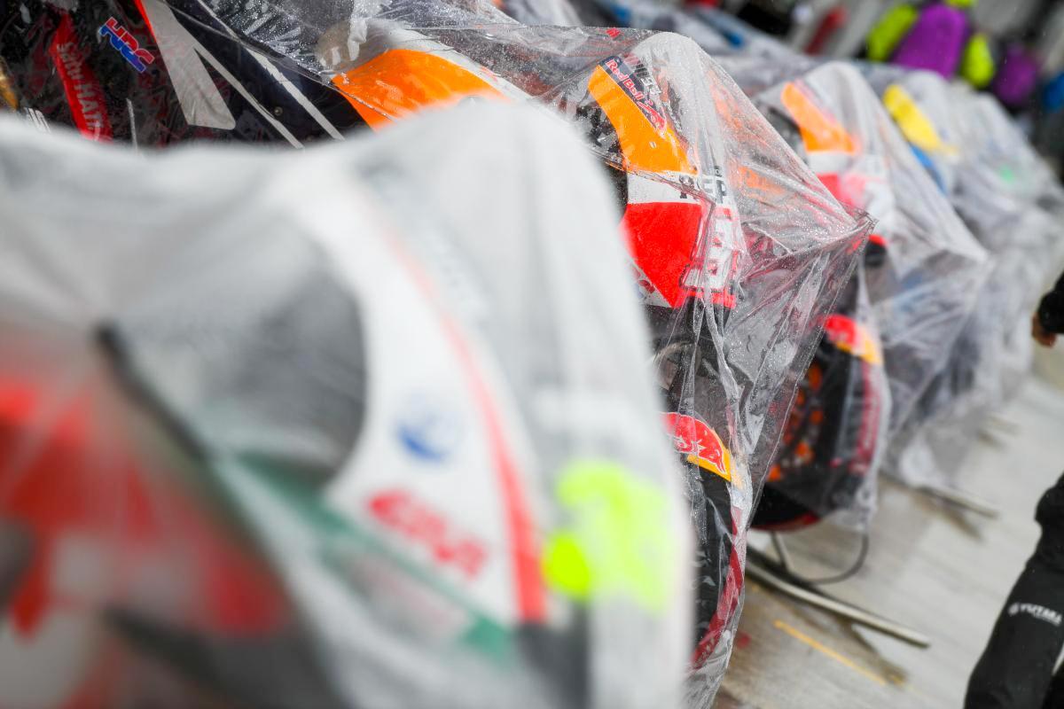 Cuaca buruk berkepanjangan, MotoGP Silverstone 2018 dibatalkan