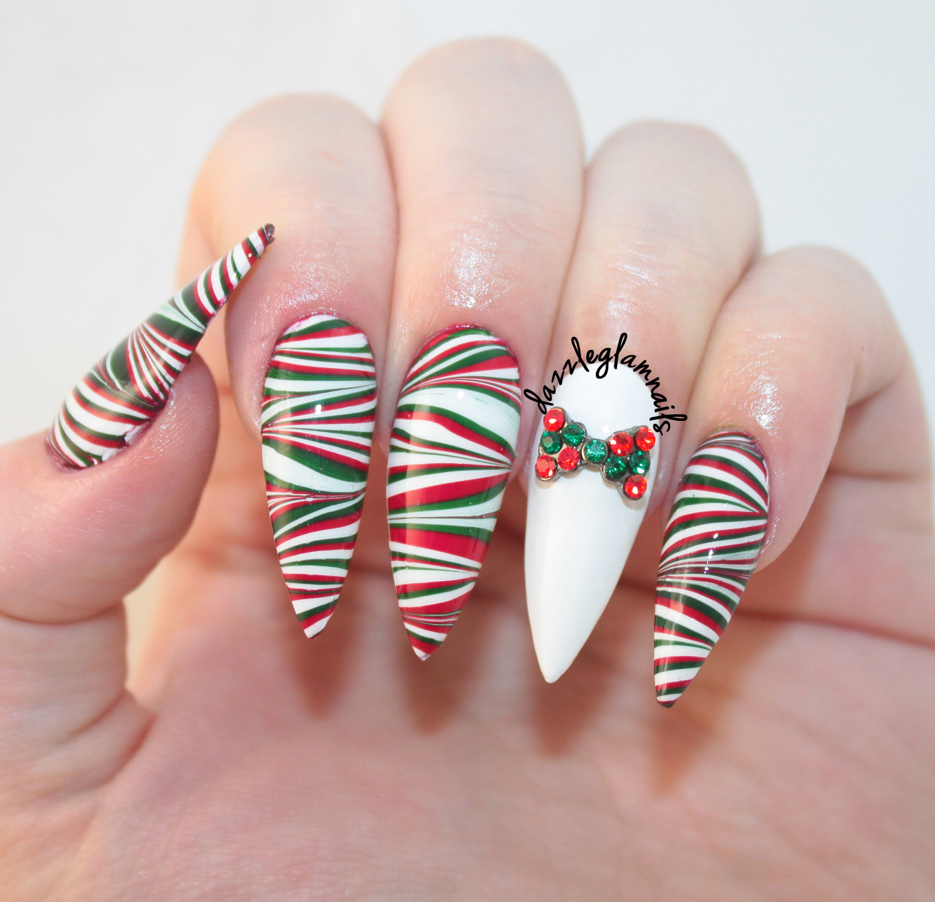 Dazzle Glam Nails | Nail Art Blog: Christmas Water Marble Nail Design