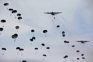 Hem Ternyata Manuver Besar-besaran Militer Indonesia di Natuna Diam Diam Diawasi China - Commando