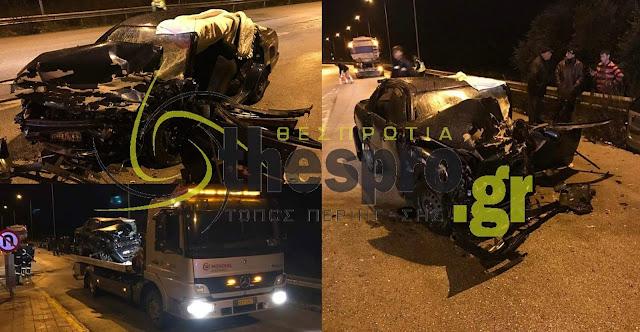 Σοβαρό τροχαίο πριν λίγο στην Ηγουμενίτσα - ΙΧ τράκαρε με βυτιοφόρο (+ΦΩΤΟ)