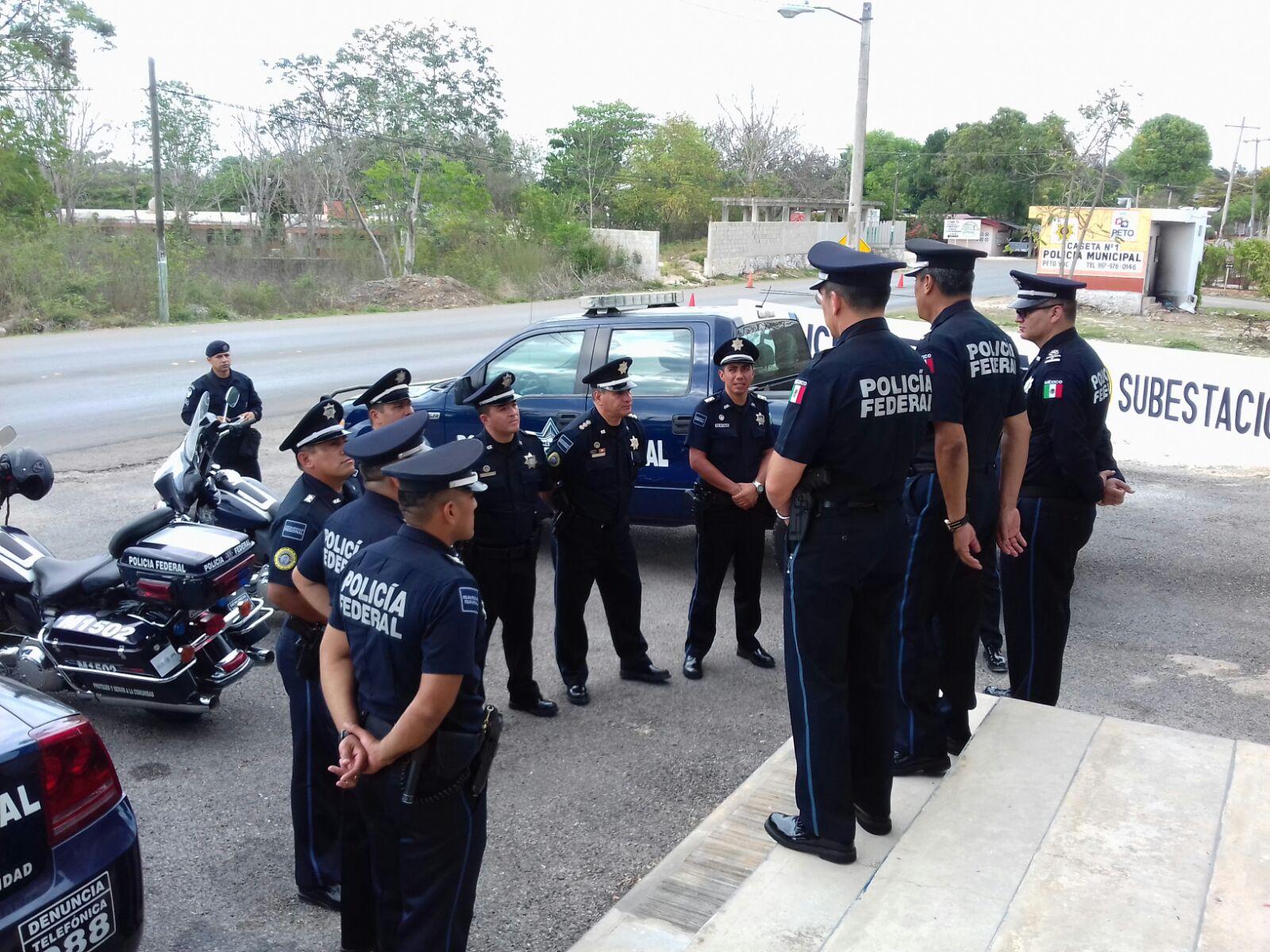 Supervisan oficinas de la subestaci n peto de la polic a for Oficina de policia