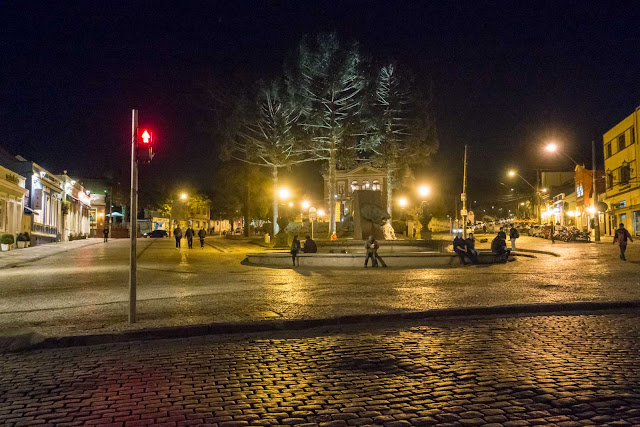 A Praça Garibaldi à noite